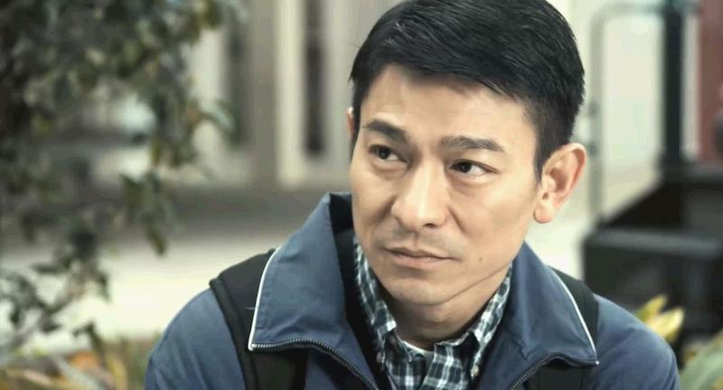 《桃姐》這部香港金像獎最佳電影也讓他再一次獲得最佳男主角~!