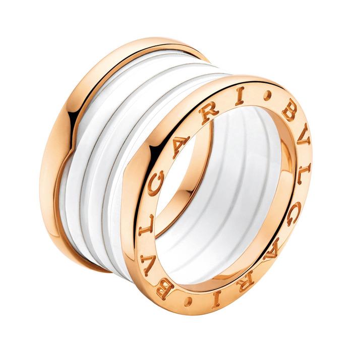 BVLGARI-從經典到永遠 若談到BVLGARI最具代表的入門款,「B.zero1」絕對當之無愧  玫瑰金白陶瓷戒環, 電洽