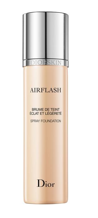 Dior 舞台柔光噴霧粉底