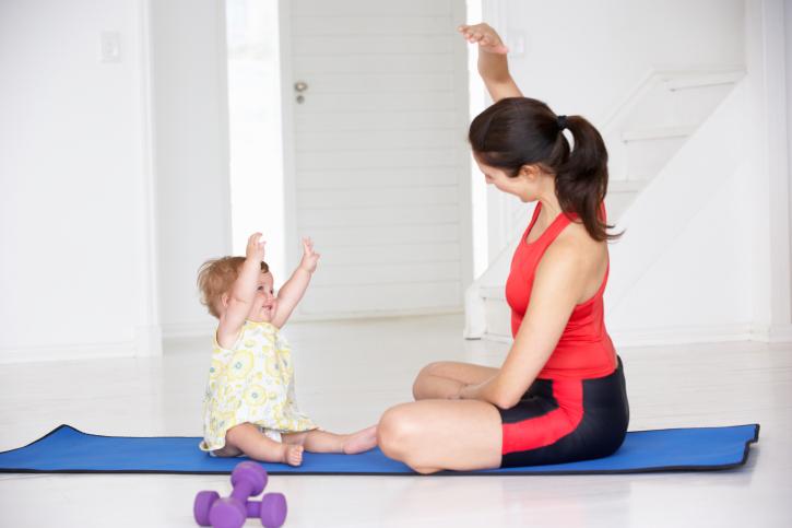 使用腹帶和及時運動