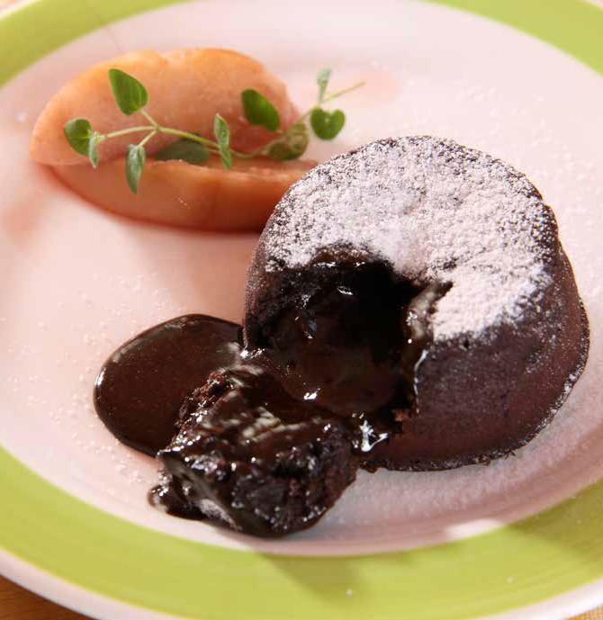 引起餐桌高潮就靠這道巧克力甜點