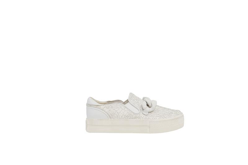 Ash 白色印花平底鞋,價格電洽。