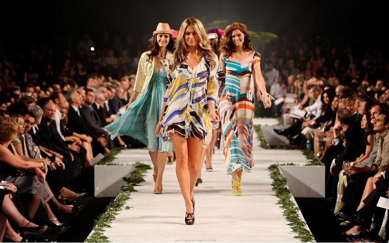 時尚產業並沒想像中美好,破產、重組、收購是否能讓品牌繼續存活?