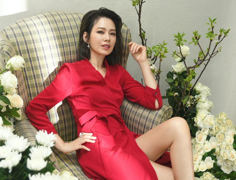 【封面人物】Melody殷悅,越活越漂亮的女孩、女人、女超人